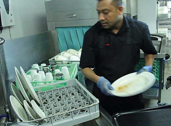 Warewasher cleans up | Scottish Licensed Trade News
