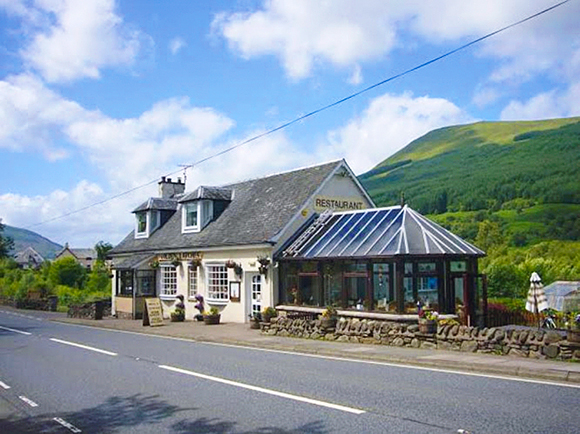 The Golden Larches Restaurant in Lochearnhead occupies a prominent roadside location.