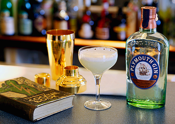 Plymouth raised a glass to a cocktail legend.
