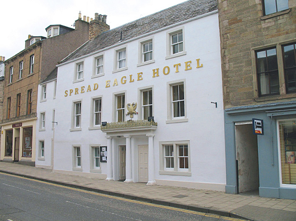 Located in the centre of Jedburgh, the Spread Eagle Hotel has eight bedrooms.
