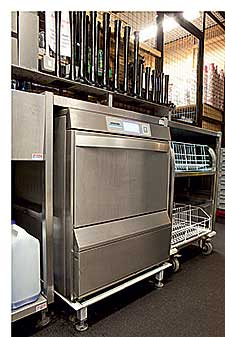 Winterhalter developed the UC Energy undercounter dishwasher and glasswasher