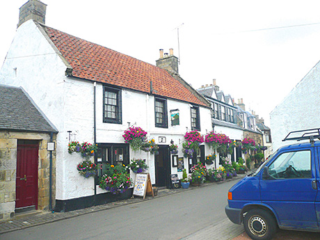 The Lomond Tavern in Falkland.