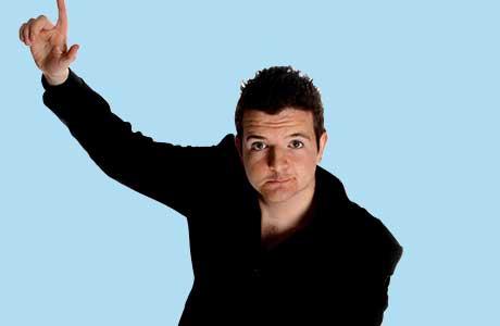 Scottish comedian Kevin Bridges will host the 2013 SLTN Awards.