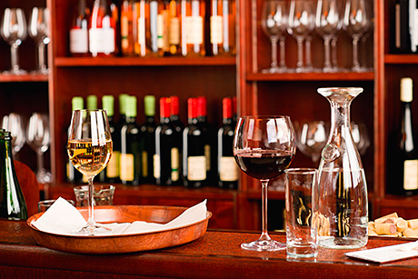 • Visibility and popular varieties will be key to wine sales this Christmas, according to Bibendum.