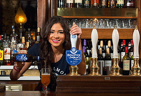 • Miss Scotland, Jamey Bowers, launches the Homecoming beer.