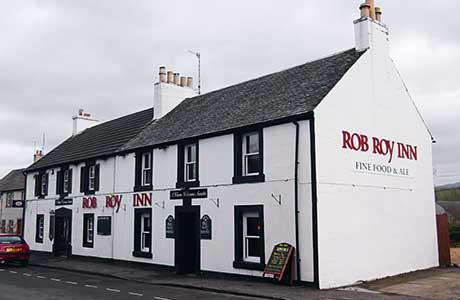 The Rob Roy Inn, on the High Street in Buchlyvie, is ideally-positioned for passing trade.