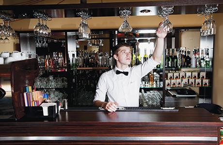 shutterstock_barman