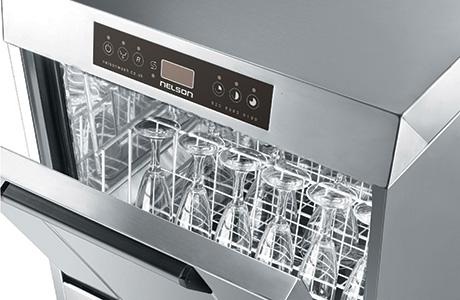 Nelson-Advises-on-Glasswasher-Care[6]