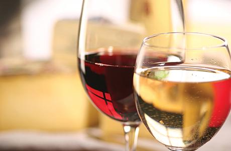 shutterstock_wine glasses close up