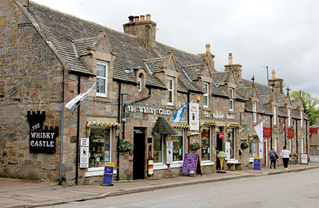 • The Whisky Castle sells a range of malt whiskies and houses an 18-cover cafe and gift shop.