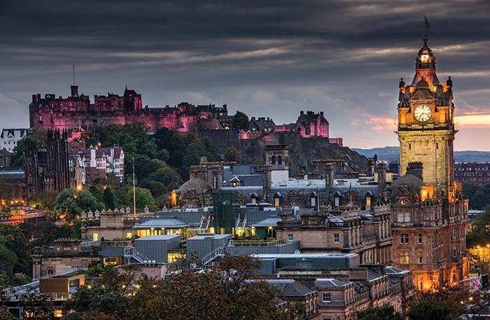 shutterstock_Edinburgh skyline