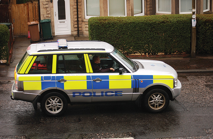 shutterstock_Police Scotland range rover