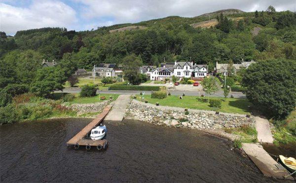 On the bonny banks of Loch Earn