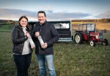Caroline-&-Graeme-Jarron-on-their-family-potato-farm