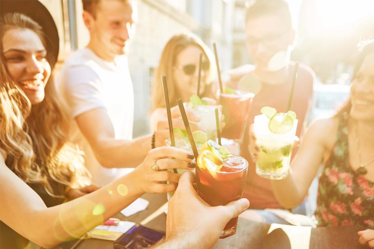 summer-drinks-preparation