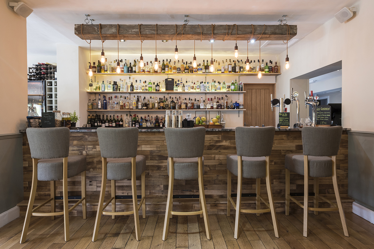 Lovat bar