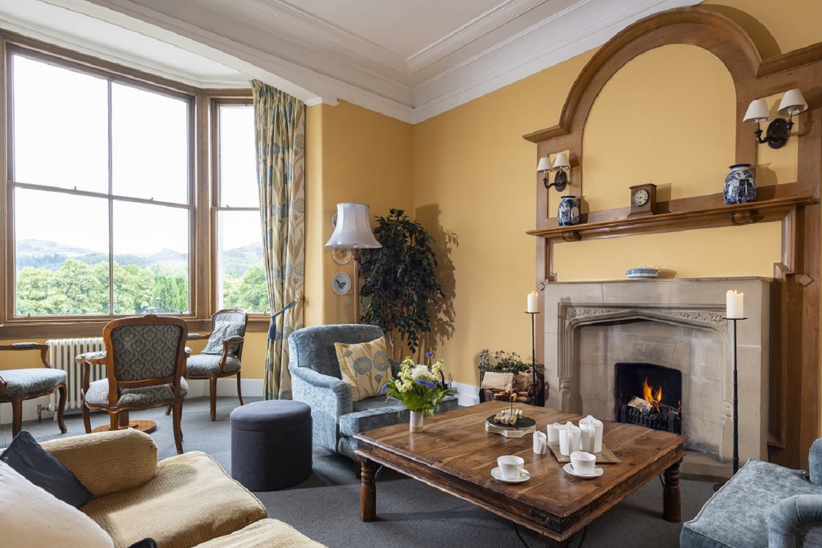 Lovat drawing room
