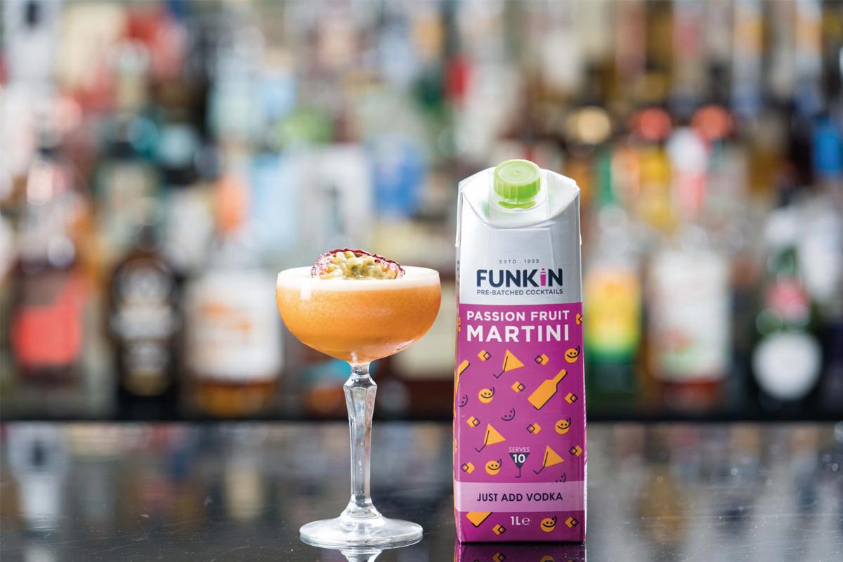 pronstar-martini-popular-cocktail