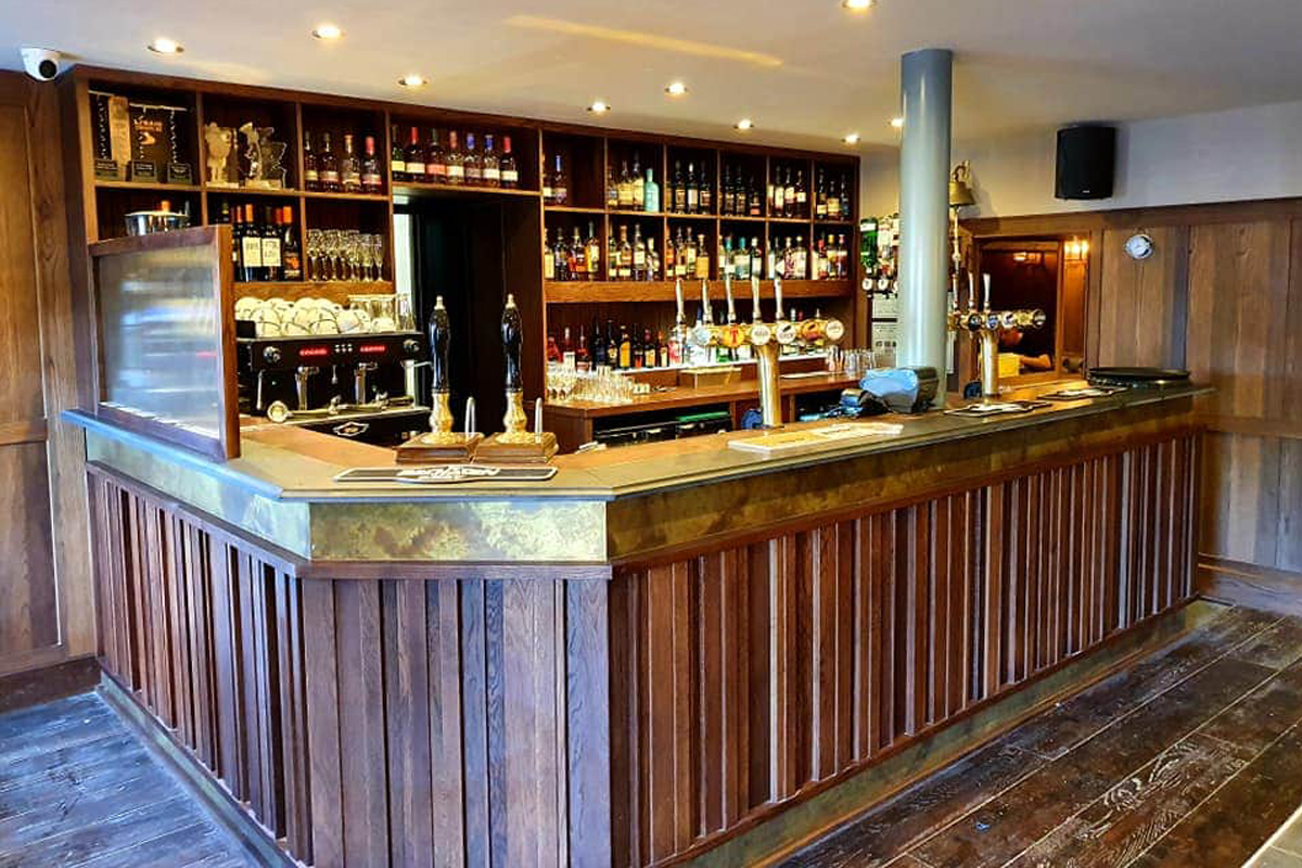 Macgochans bar